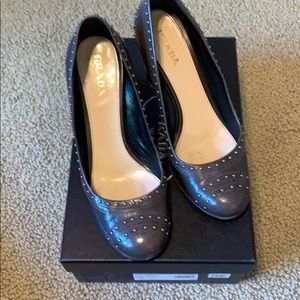 Prada grey colored nailhead studded pumps!